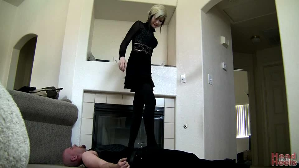 Bubblegum is trampling for the first time - HEADUNDERHEELS - SD/540p/MP4