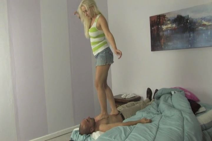 Connor has to lie still as Mistress Sammie Spades walks up - HEADUNDERHEELS - SD/480p/MP4