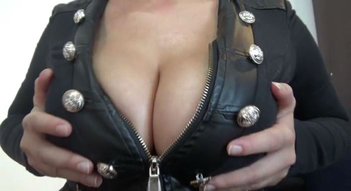 MISTRESS ROBERTA In Scene: Worship my perfect boobies pov - HOUSE OF PAIN - LQ/384p/MP4