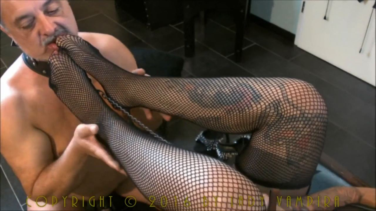 Lady Vampira In Scene: MY NEW KILLERHEELS BEAT YOUR BALLS 2 - PIN UP DOMINATION BY LADY VAMPIRA - HD/720p/MP4