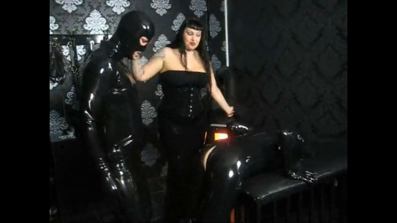 Lady Vampira In Scene: THE RUBBER THREESOME - PIN UP DOMINATION BY LADY VAMPIRA - HD/720p/MP4