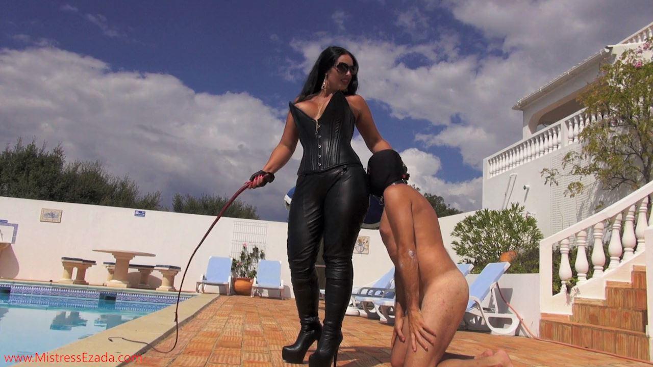Mistresses Ezada Sinn In Scene: Whipping As An Incentive For Worship - MISTRESS EZADA SINN / MISTRESSEZADA - HD/720p/MP4