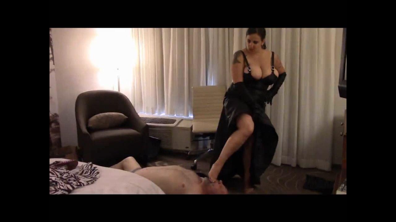 Mistress Xena In Scene: Dominating doughboy in Detroit Part 4 - BIZARRE CINEMA - HD/720p/MP4
