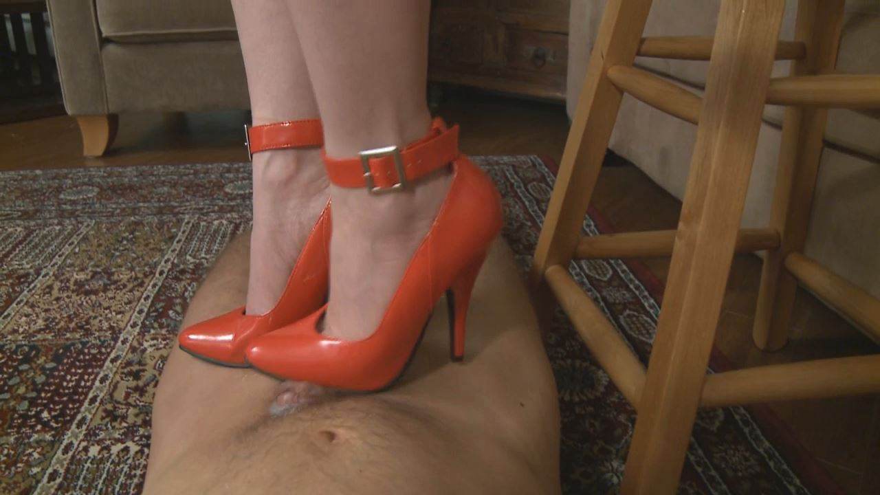Mistress T In Scene: Mistress T's Pretty Shoes - PARAPHILIA51 - HD/720p/WMV