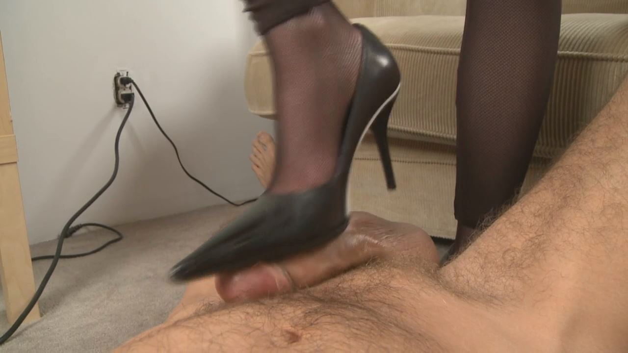 Mistress T In Scene: Dirty Shoe Fucker - PARAPHILIA51 - HD/720p/WMV