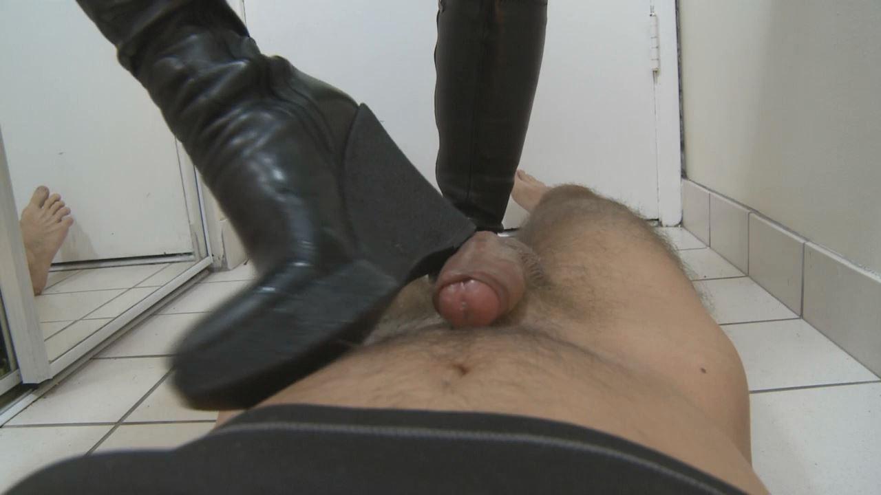 Mistress T In Scene: Cock Trampling Bootjob - PARAPHILIA51 - HD/720p/WMV