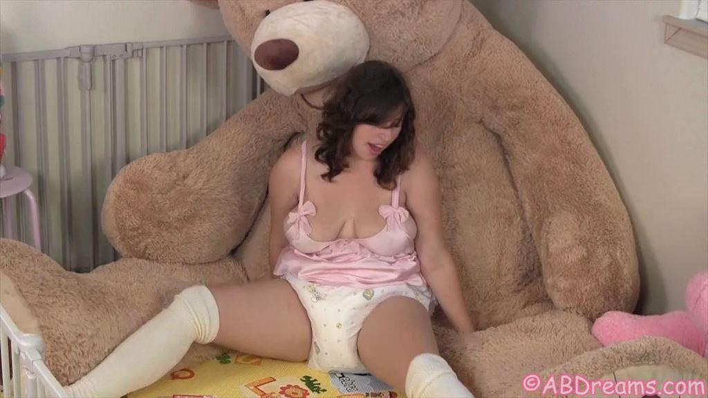 Bubbles and the Giant Teddy Bear - ABDREAMS - SD/576p/MP4