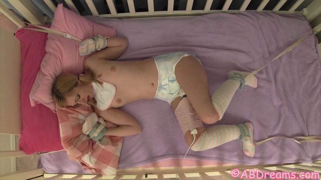 Mandie's Diaper Training - ABDREAMS - SD/576p/MP4