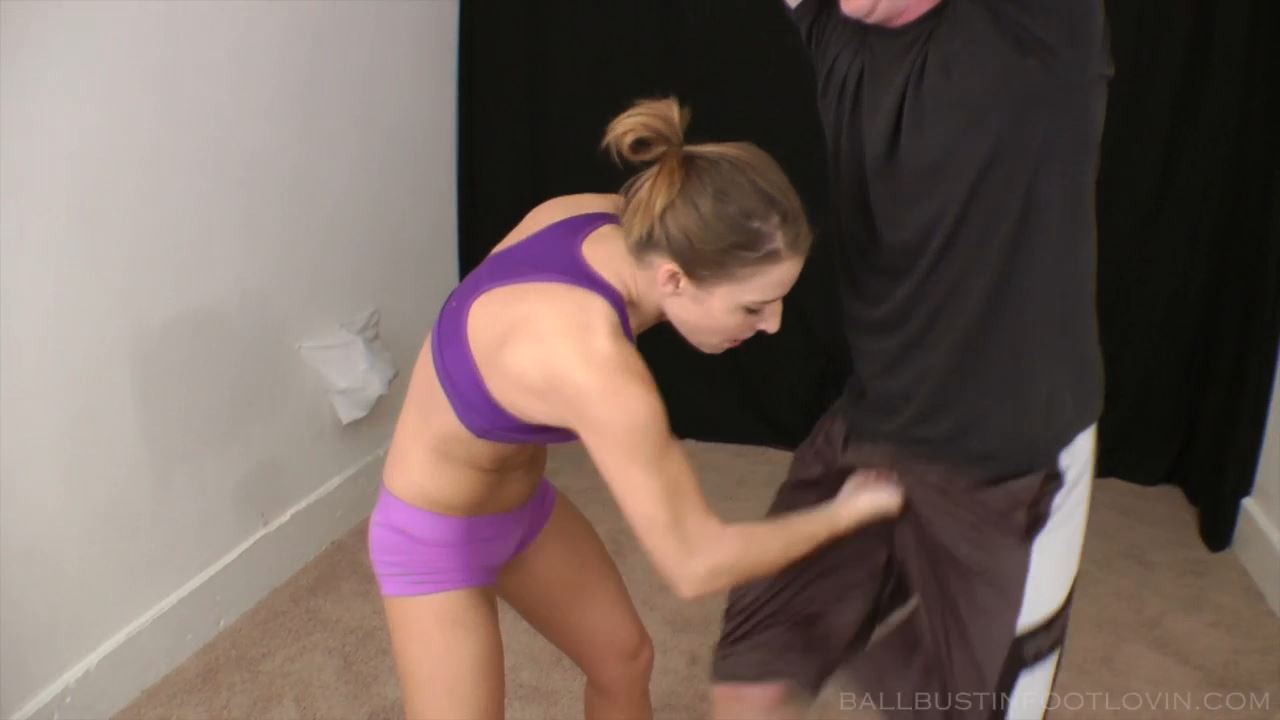 Electric Punches - FETLOVIN / BALLBUSTINFOOTLOVIN.FETLOVIN - HD/720p/MP4