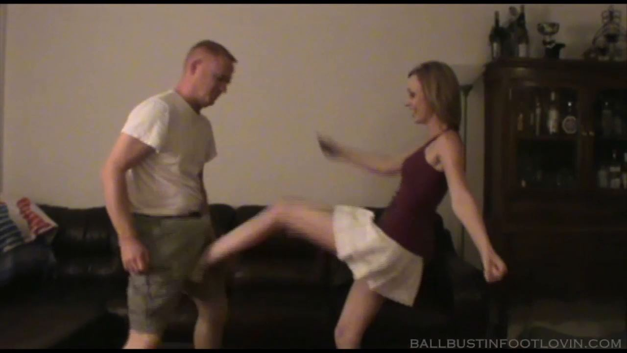 Female Stress Relief - FETLOVIN / BALLBUSTINFOOTLOVIN.FETLOVIN - HD/720p/MP4