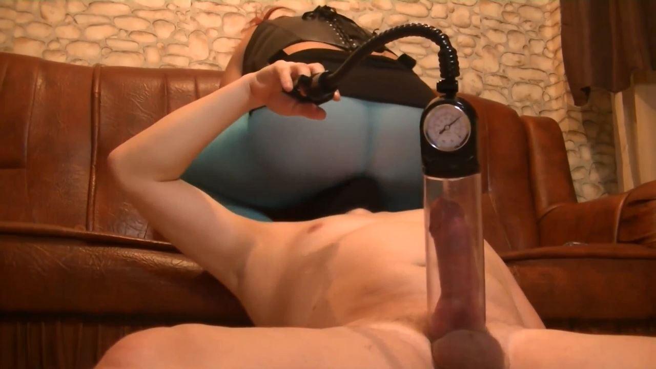 Goddess Andreea In Scene: slave cumming hard on her blue pantyhose - BIZARRE GODDESSES FROM ROMANIA - HD/720p/MP4