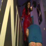 Mistress Blackdiamoond In Scene: The Mistress Spanked The Cameraman – BLACKDIAMOOND – SD/576p/MP4