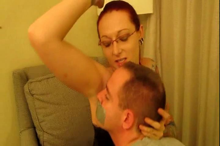 Amazon Mistress Baunfire In Scene: Smell My Stinky Armpits - CRUDELIS AMATOR BALLBUSTING FETISH - SD/480p/MP4