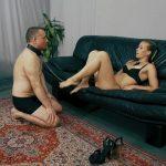 Mistress Anette In Scene: Facekicks from Anette – CRUEL PUNISHMENTS – SEVERE FEMDOM – FULL HD/1080p/MP4