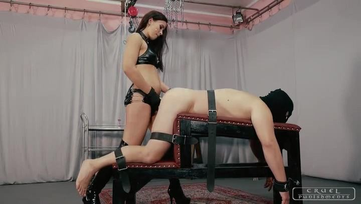 Mistress Anette In Scene: Screwed against his will - CRUEL PUNISHMENTS - SEVERE FEMDOM - SD/406p/MP4