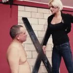 Mistress Bonnie In Scene: Fear in the slave's eyes – CRUEL PUNISHMENTS – SEVERE FEMDOM – SD/406p/MP4
