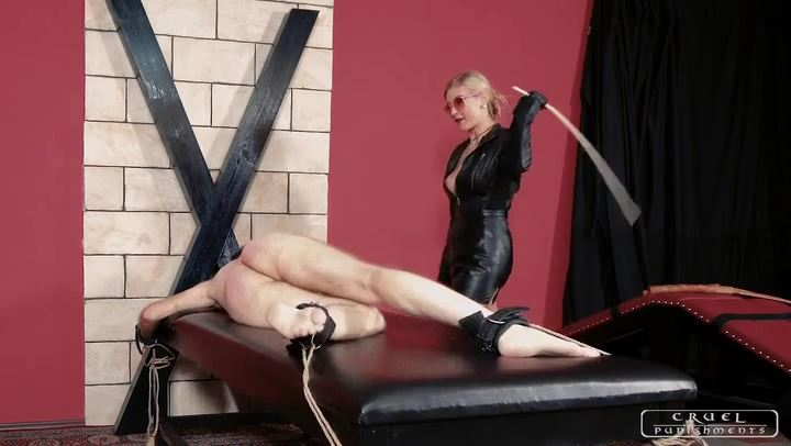 Mistress Bloodymary In Scene: Brutal Mistress Bloodymary - CRUEL PUNISHMENTS - SEVERE FEMDOM - SD/406p/MP4