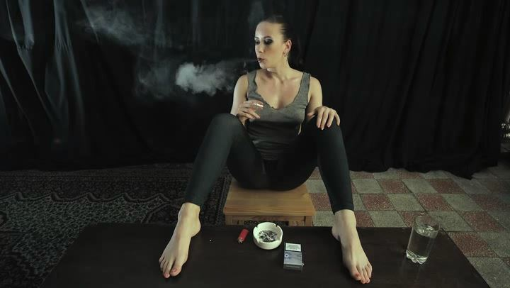 Mistress Anette In Scene: Taste of tobacco - CRUEL PUNISHMENTS - SEVERE FEMDOM - SD/406p/MP4