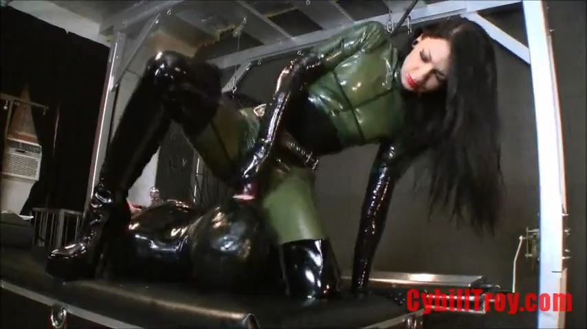 Mistress Cybill Troy In Scene: Skull-Fucked - CYBILL TROY`S DTLA DOMINAS / CYBILLTROY - SD/480p/MP4