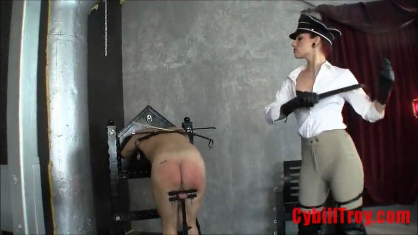 Mistress Cybill Troy In Scene: Breaking Livestock: PART 2 - CYBILL TROY`S DTLA DOMINAS / CYBILLTROY - SD/480p/MP4