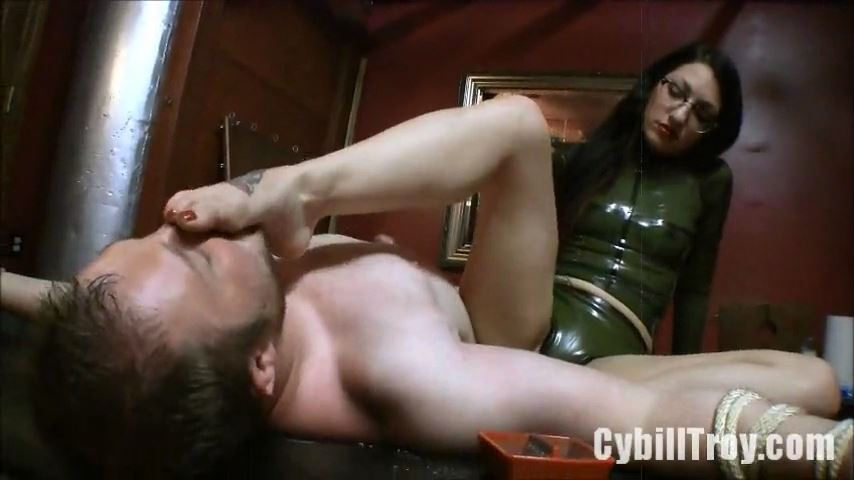 Mistress Cybill Troy In Scene: Real Sessions: Foot Humiliation - CYBILL TROY`S DTLA DOMINAS / CYBILLTROY - SD/480p/MP4
