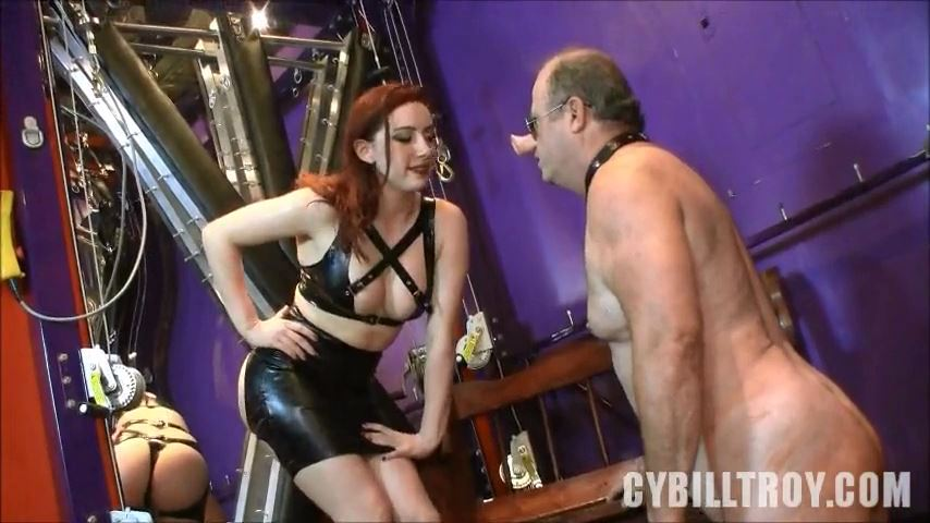 Mistress Cybill Troy In Scene: Armpit Cleaner - CYBILL TROY`S DTLA DOMINAS / CYBILLTROY - SD/480p/MP4