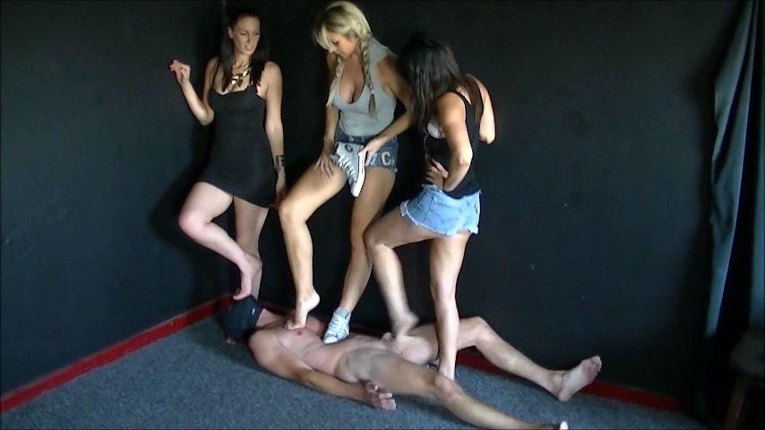 UK Mistress Elise In Scene: Severe Attention - ELISE BULLIES BALLS UK - SD/480p/MP4