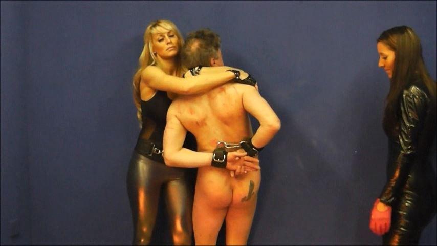 UK Mistress Elise In Scene: Terror In His Eyes C - ELISE BULLIES BALLS UK - SD/480p/MP4
