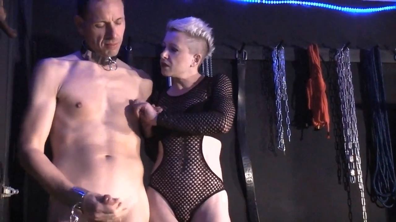 Mademoiselle Etienne In Scene: My horny sadistic Jerk off to management for you - DEUTSCHE DOMINAS / GERMANY FEMDOM - HD/720p/MP4