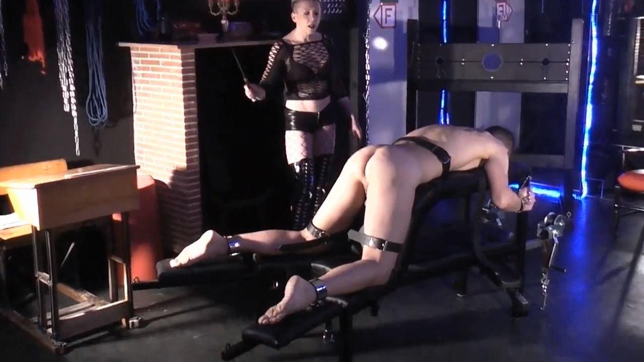 Mademoiselle Etienne In Scene: Hard blows on the Strafbock - DEUTSCHE DOMINAS / GERMANY FEMDOM - HD/720p/MP4
