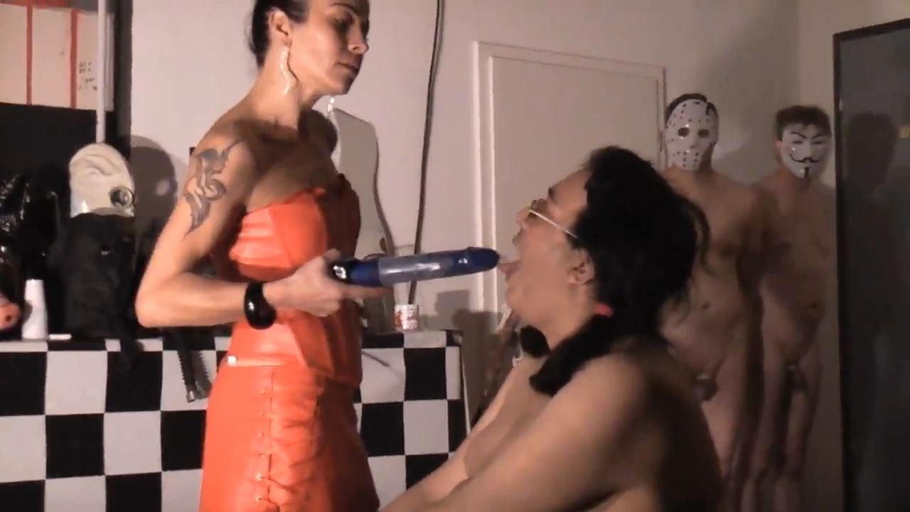 Senora el Combatiente In Scene: 3 slaves to the casting THE FILM - DEUTSCHE DOMINAS / GERMANY FEMDOM - HD/720p/MP4