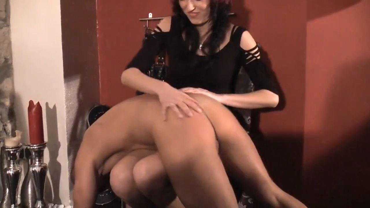Domina Estelle In Scene: Over the knee - DEUTSCHE DOMINAS / GERMANY FEMDOM - HD/720p/MP4