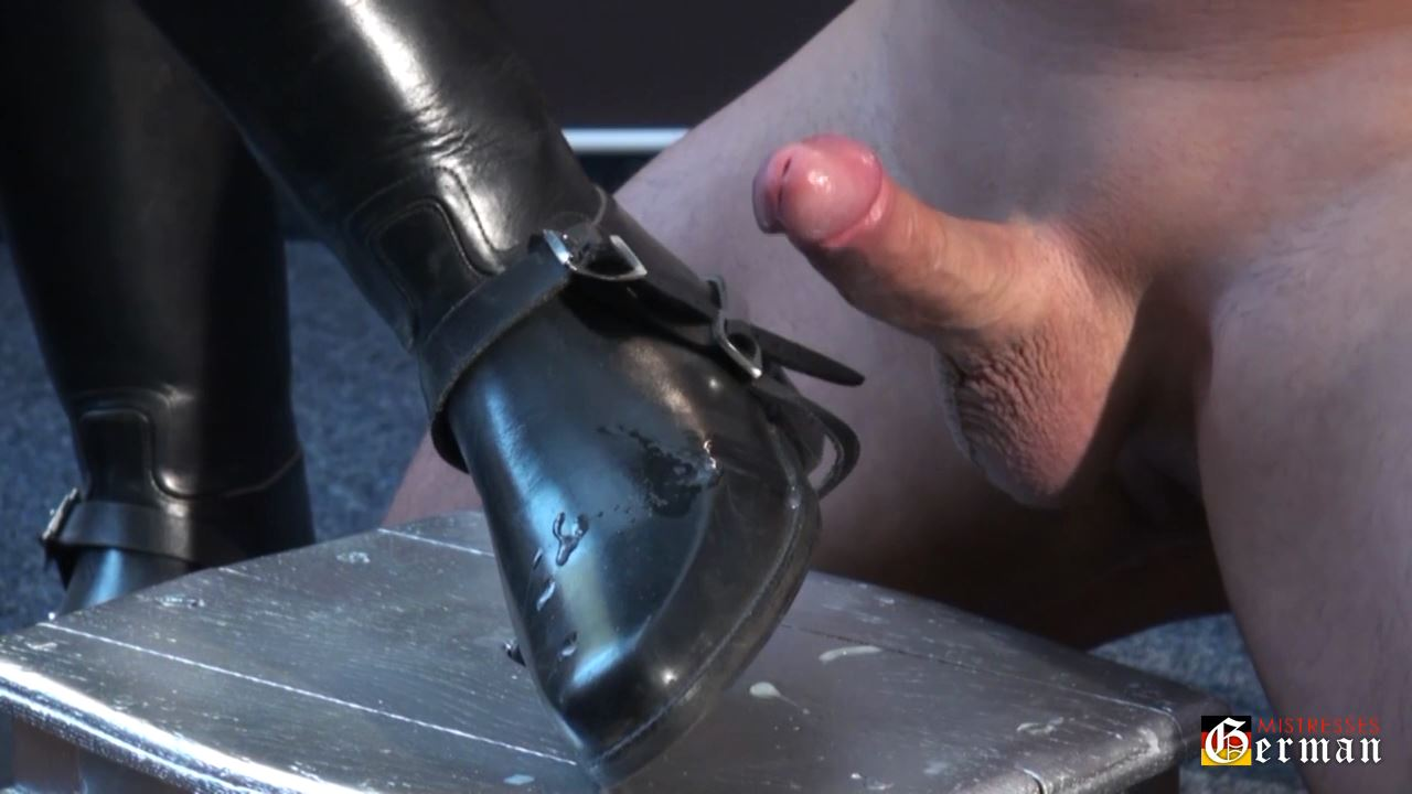 Lady Victoria Valente In Scene: Sperm on leather boots - GERMANMISTRESSES - HD/720p/MP4