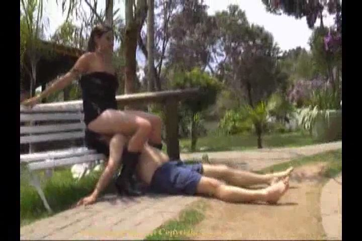 RUDE GIRLS 06A FRIVOLOUS FACE SITTING POOL AREA - BOSSY-GIRLS / GIRLSDOMINATION - SD/480p/MP4