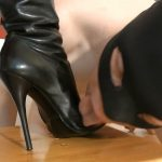 Goddess Leyla In Scene: Blonde GODDESS WORSHIP, FEMALE SUPREMACY – FOOT GODDESS LEYLA – HD/720p/MP4