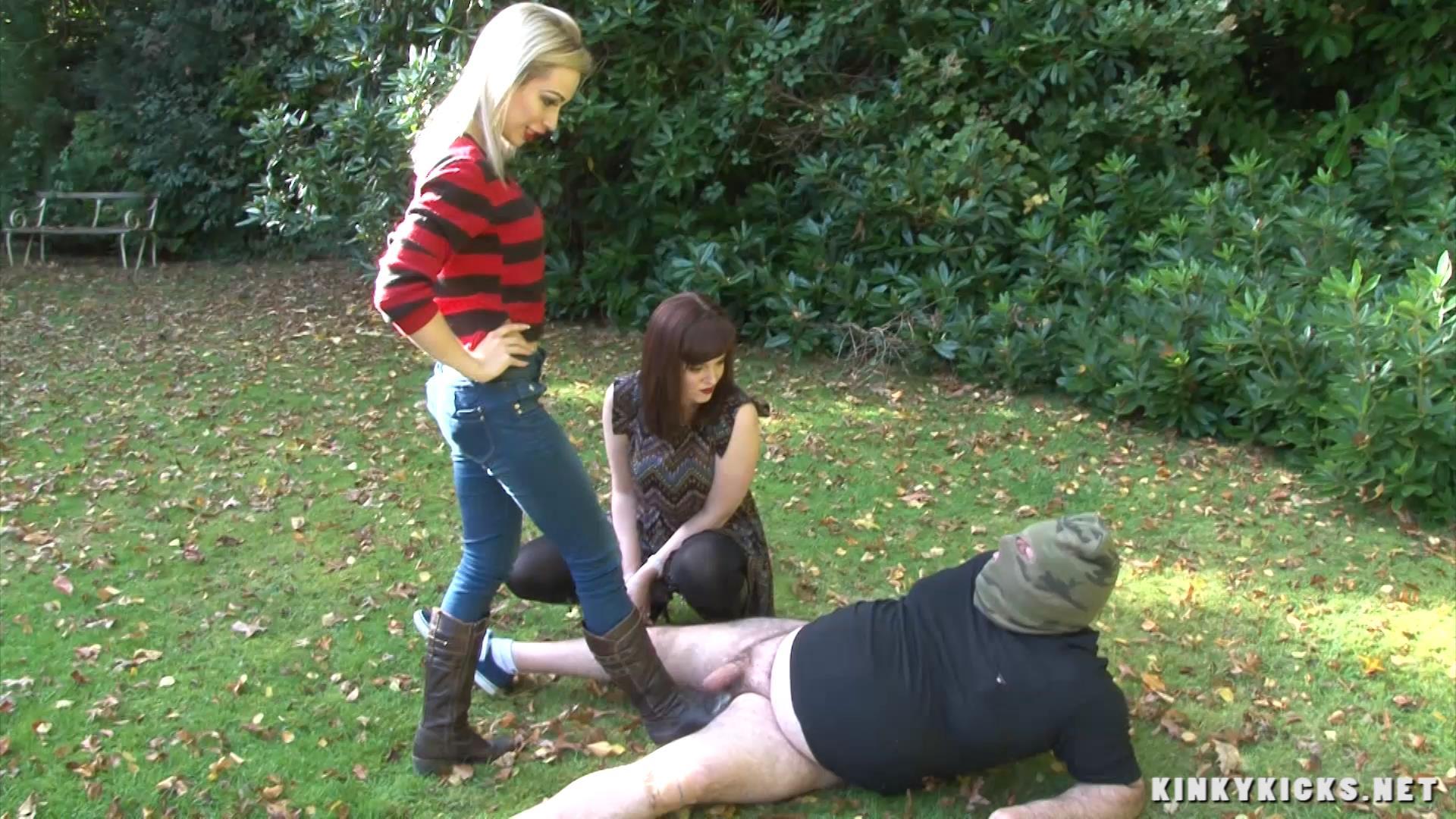 Chessie Kay, Zoe Page In Scene: In The Bushes - KINKYKICKS - FULL HD/1080p/MP4