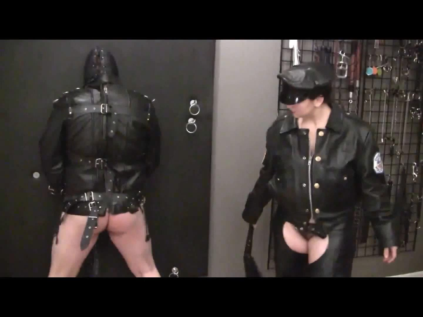 Mistress Xena In Scene: Bound Leather Gimp Part 2 - BIZARRE CINEMA - FULL HD/1080p/MP4