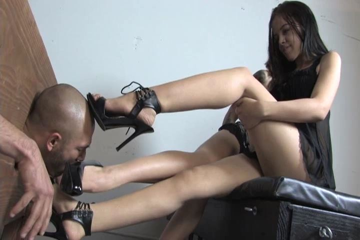 Miss Tiffany In Scene: My loser boys worship feet - MISS-TIFFANY - SD/480p/MP4
