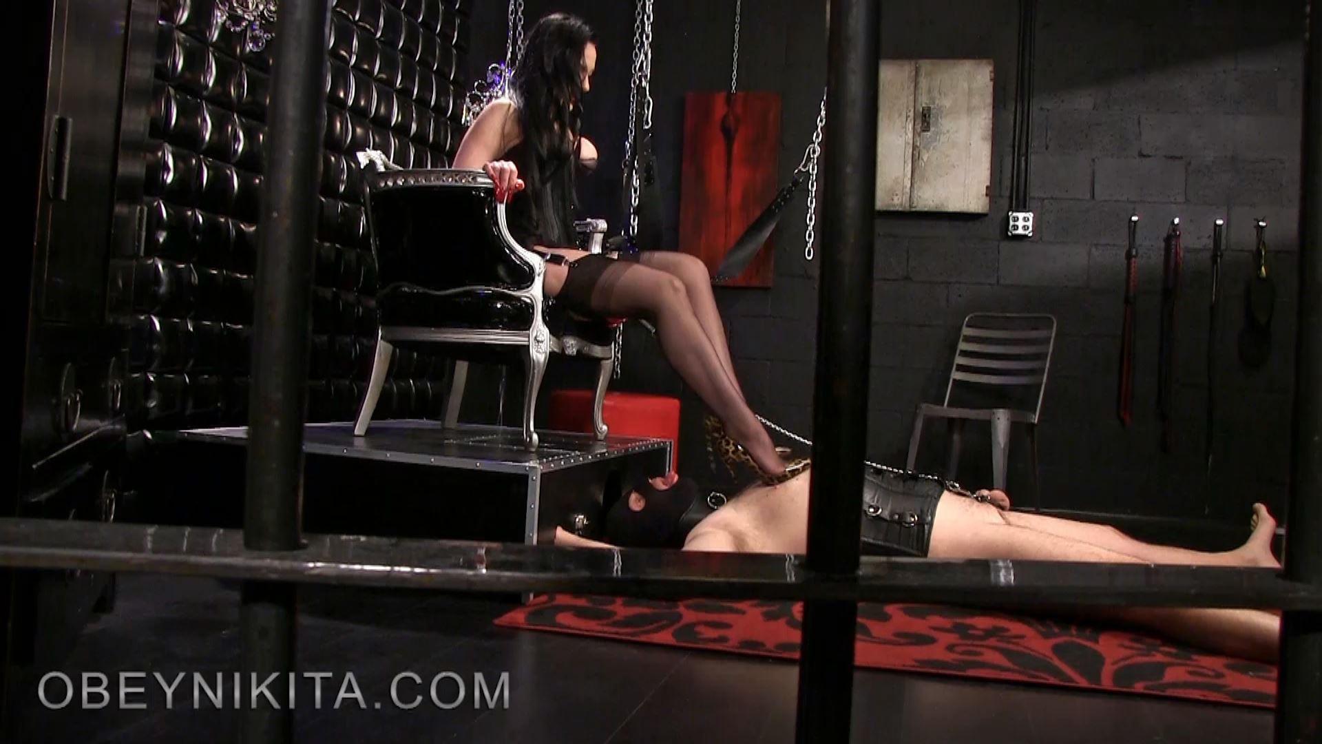 Mistress Nikita In Scene: Vfmc: Under Sole - OBEYNIKITA - FULL HD/1080p/MP4