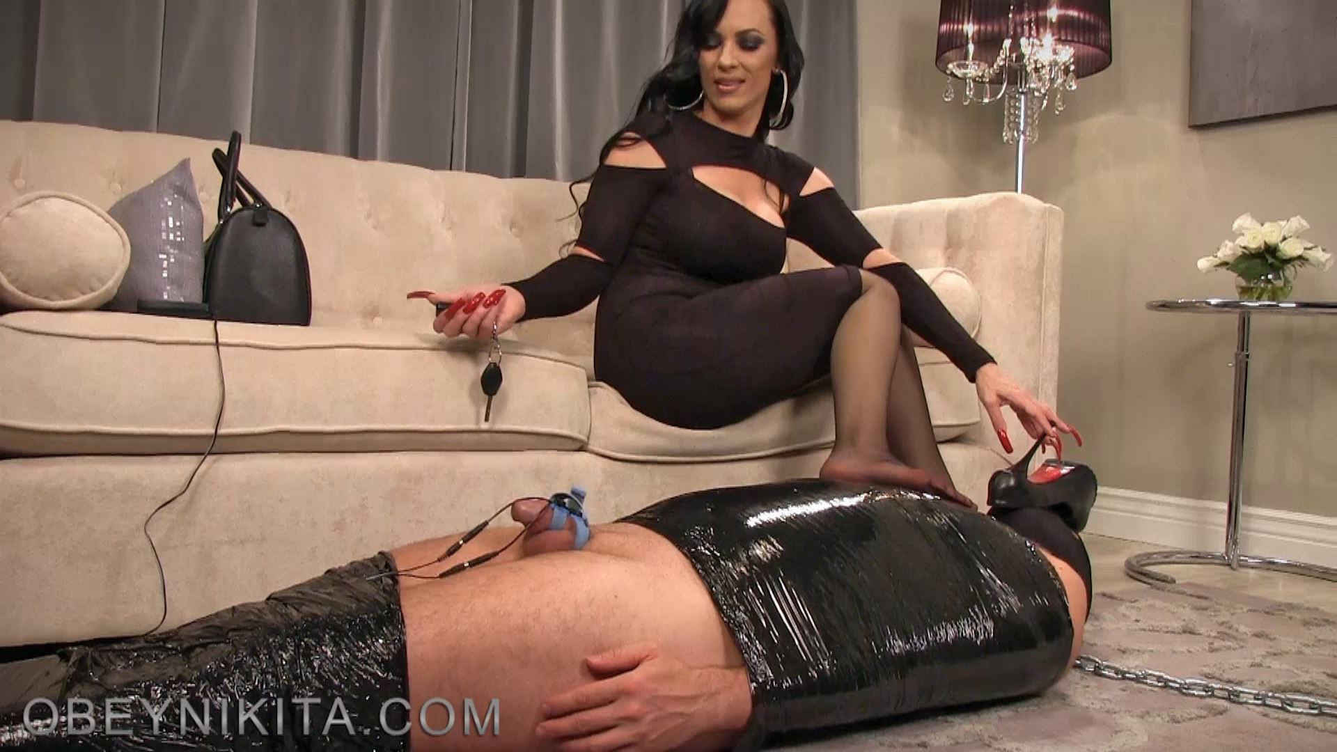 Mistress Nikita In Scene: Living Welcome Mat - OBEYNIKITA - FULL HD/1080p/MP4