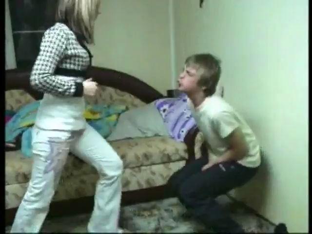 RIANA AND GIRLFRIENDS - RUSSIAN BALLBUSTING / BALLBUSTING ROKSANA - SD/480p/MP4