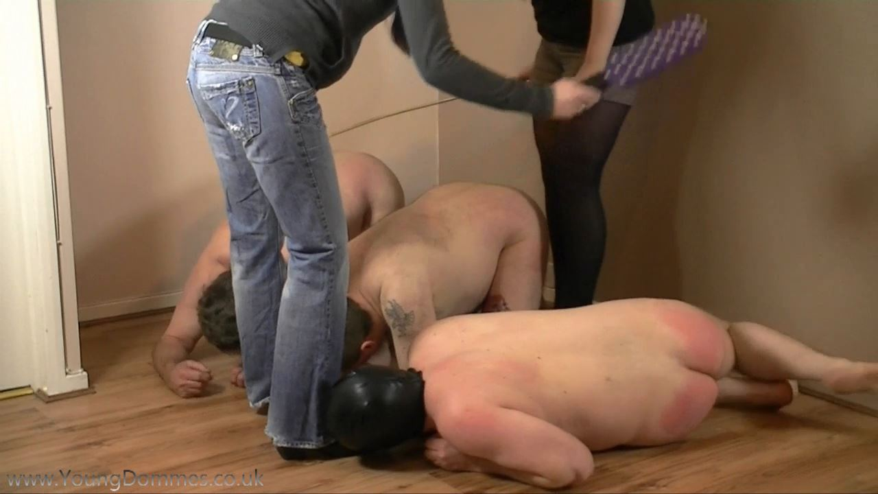 3 Little Pigs 2 - YOUNGDOMMES - HD/720p/MP4