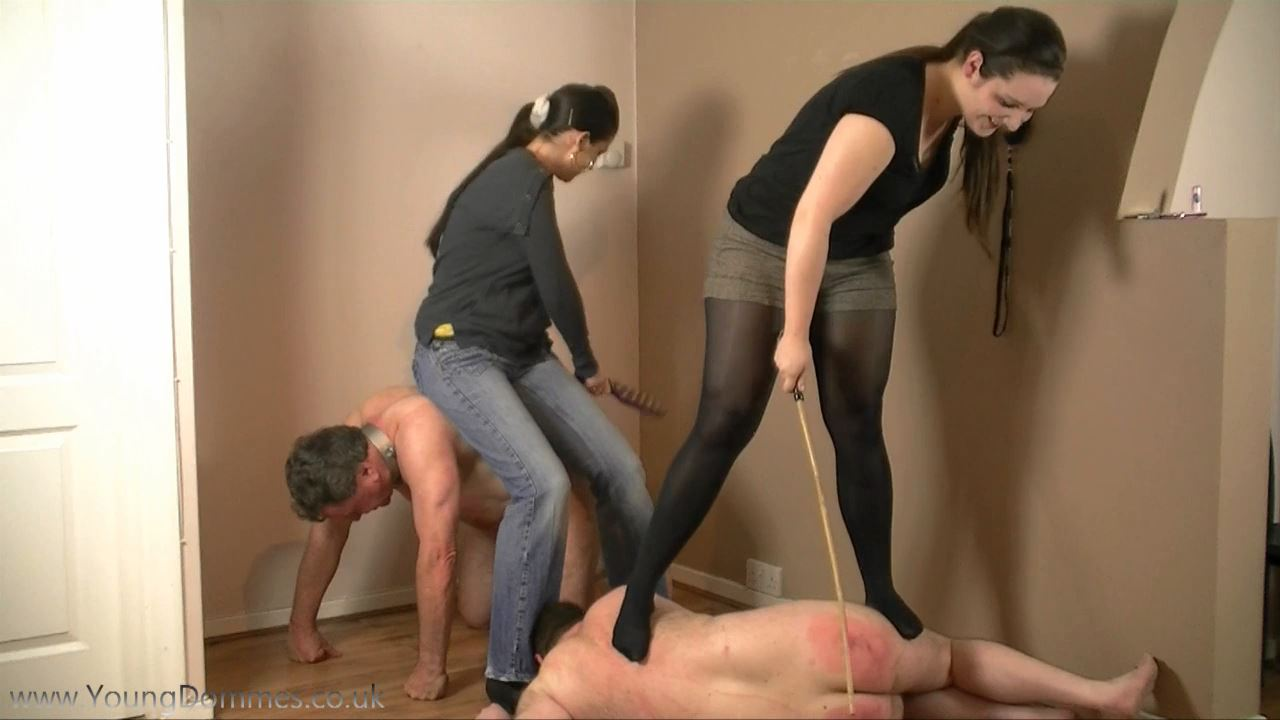 3 Little Pigs 3 - YOUNGDOMMES - HD/720p/MP4
