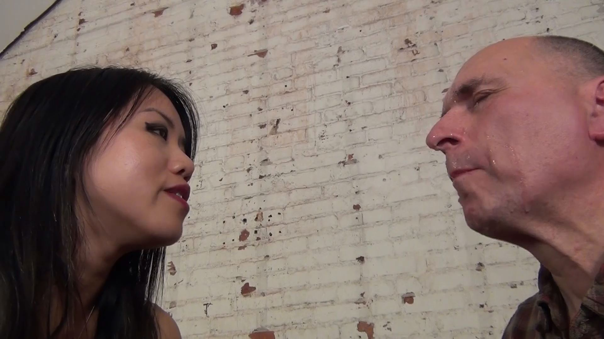 Domina Mara In Scene: SWALLOW MY SPIT FARM BOY! - ASIAN MEAN GIRLS - FULL HD/1080p/MP4