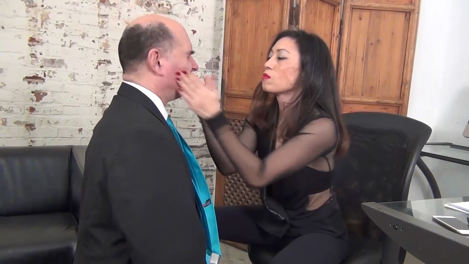Goddess Pepper In Scene: A HUMILIATION FACE SLAPPING FOR LEWIS THE LOSER - ASIAN MEAN GIRLS - FULL HD/1080p/MP4