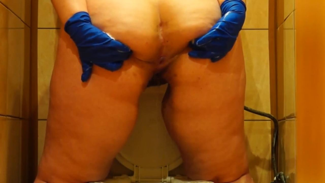 toilet slavery and humiliation with girls - BIZARRE GODDESSES FROM ROMANIA - HD/720p/MP4