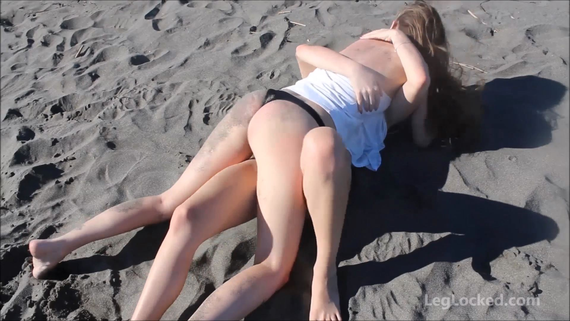 CatBall on the Beach Part 4 - CATBALL CATFIGHT AND SEXFIGHT - FULL HD/1080p/MP4