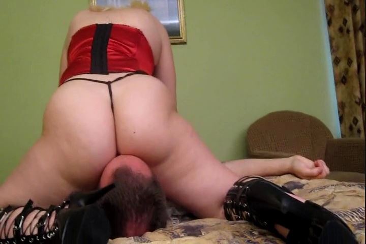 Spoiled Seductress In Scene: Ass Smother Punishment - CRUDELIS AMATOR BALLBUSTING FETISH - SD/480p/MP4