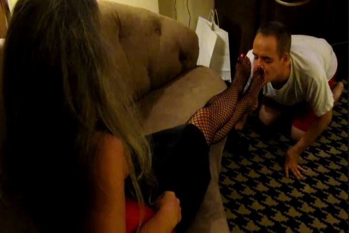 Goddess XTC In Scene: Worship Mommys Casino Feet - CRUDELIS AMATOR BALLBUSTING FETISH - SD/480p/MP4