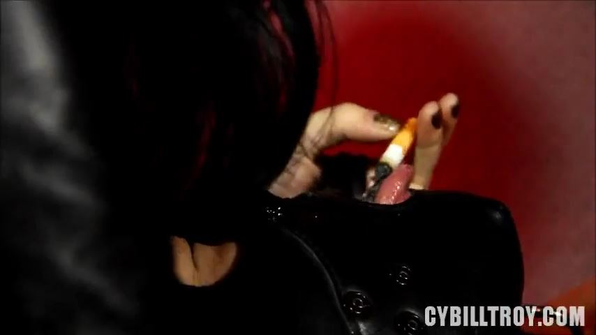 Mistress Cybill Troy In Scene: Ash Attack - CYBILL TROY'S DTLA DOMINAS / CYBILLTROY - SD/480p/MP4